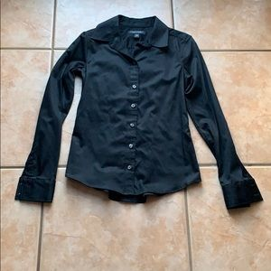 3/$30 BR Black Non-Iron Stretch Fitted Button Down